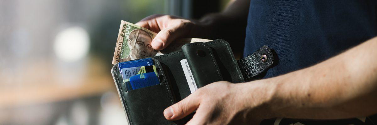 cash-credit-card-hands-1174750